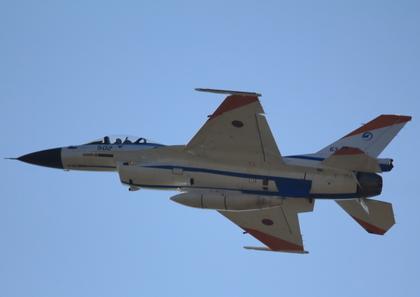 4_F-2_2.JPG